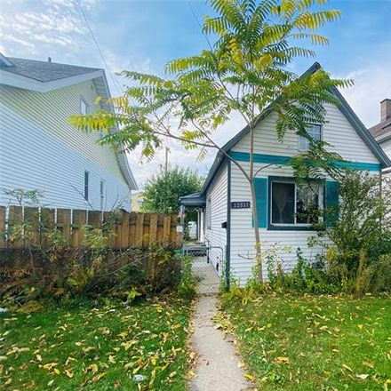Rent this 2 bed house on 12031 Moran Street in Hamtramck, MI 48212