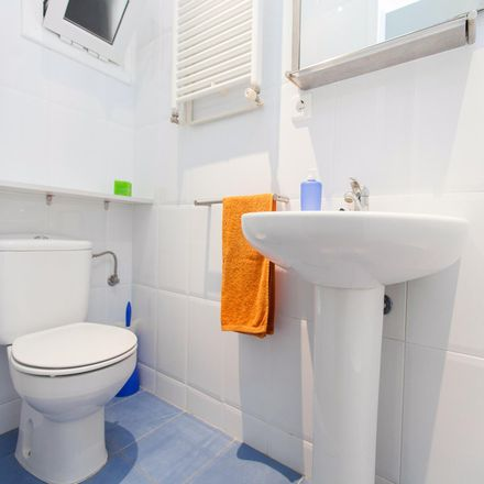 Rent this 2 bed apartment on Carrer de Villarroel in 18, 08011 Barcelona