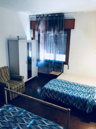 Rent this 2 bed room on Via Aleardo Aleardi in 59, 30172 Venezia VE