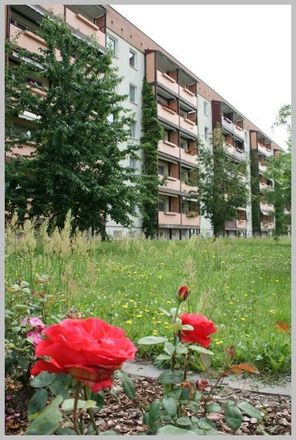 Rent this 3 bed apartment on Karl-Marx-Straße 4 in 01612 Nünchritz, Germany