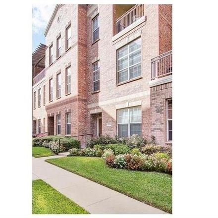 Rent this 2 bed condo on Seabolt Pl in Addison, TX