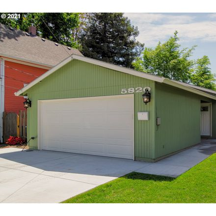 Rent this 3 bed house on 5820 Southeast Francis Street in Portland, OR 97206