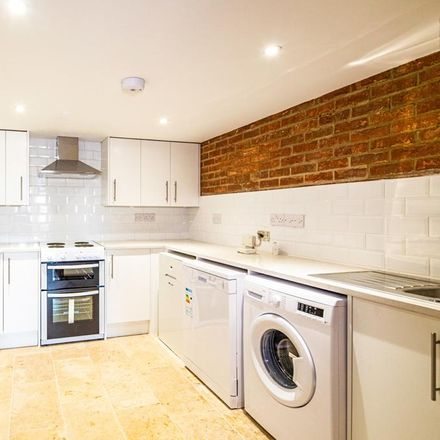 Rent this 3 bed house on Port Way in South Oxfordshire OX10 6BW, United Kingdom