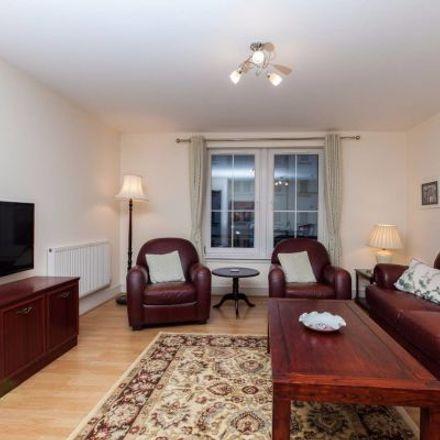 Rent this 3 bed apartment on 73 Hopetoun Street in City of Edinburgh EH7 4QF, United Kingdom