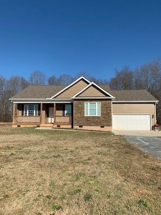 Rent this 3 bed house on 10877 W Oak Hwy in Seneca, SC
