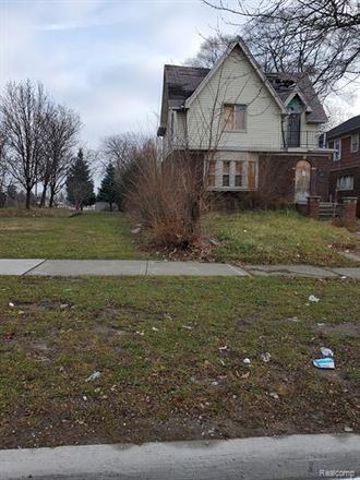 Rent this 3 bed house on 13320 Broadstreet Avenue in Detroit, MI 48238