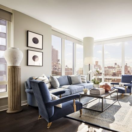 Rent this 2 bed apartment on 307 East 89th Street in New York, NY 10128