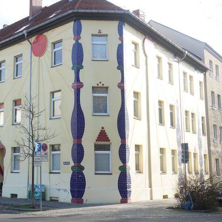 Rent this 2 bed apartment on Blumenstraße 9 in 14776 Brandenburg an der Havel, Germany