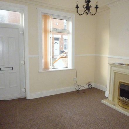 Rent this 2 bed house on Cross Street in Rotherham S61 1HJ, United Kingdom