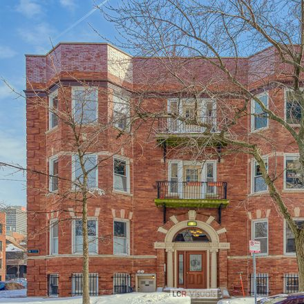 Rent this 3 bed condo on 5201-5203 South Blackstone Avenue in Chicago, IL 60615