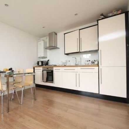 Rent this 1 bed apartment on 3-15 Stepney Causeway in London E1 0JW, United Kingdom