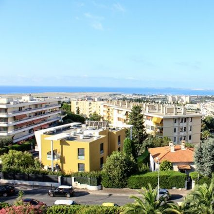 Rent this 2 bed apartment on 77 Avenue Raoul Dufy in Nice, France