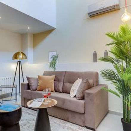 Rent this 3 bed apartment on Barcelona in Hostafrancs, CATALONIA
