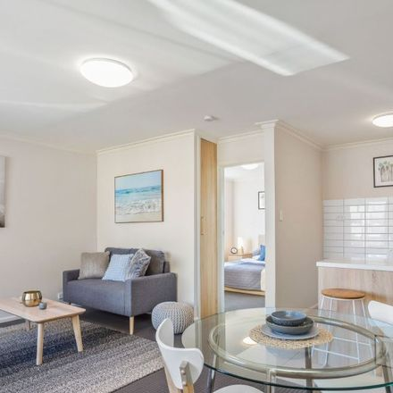 Rent this 1 bed apartment on 8/113 Devonshire Road