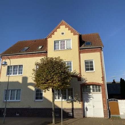 Rent this 3 bed apartment on Stendaler Straße 25 in 39517 Tangerhütte, Germany