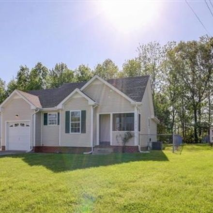 Rent this 3 bed house on 337 Cranklen Circle in Clarksville, TN 37042