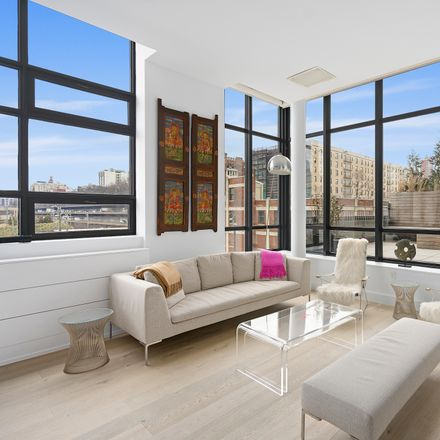 Rent this 2 bed loft on 360 Furman Street in New York, NY 11201