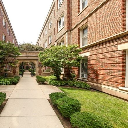 Rent this 1 bed townhouse on 4116 North Sheridan Road in Chicago, IL 60613