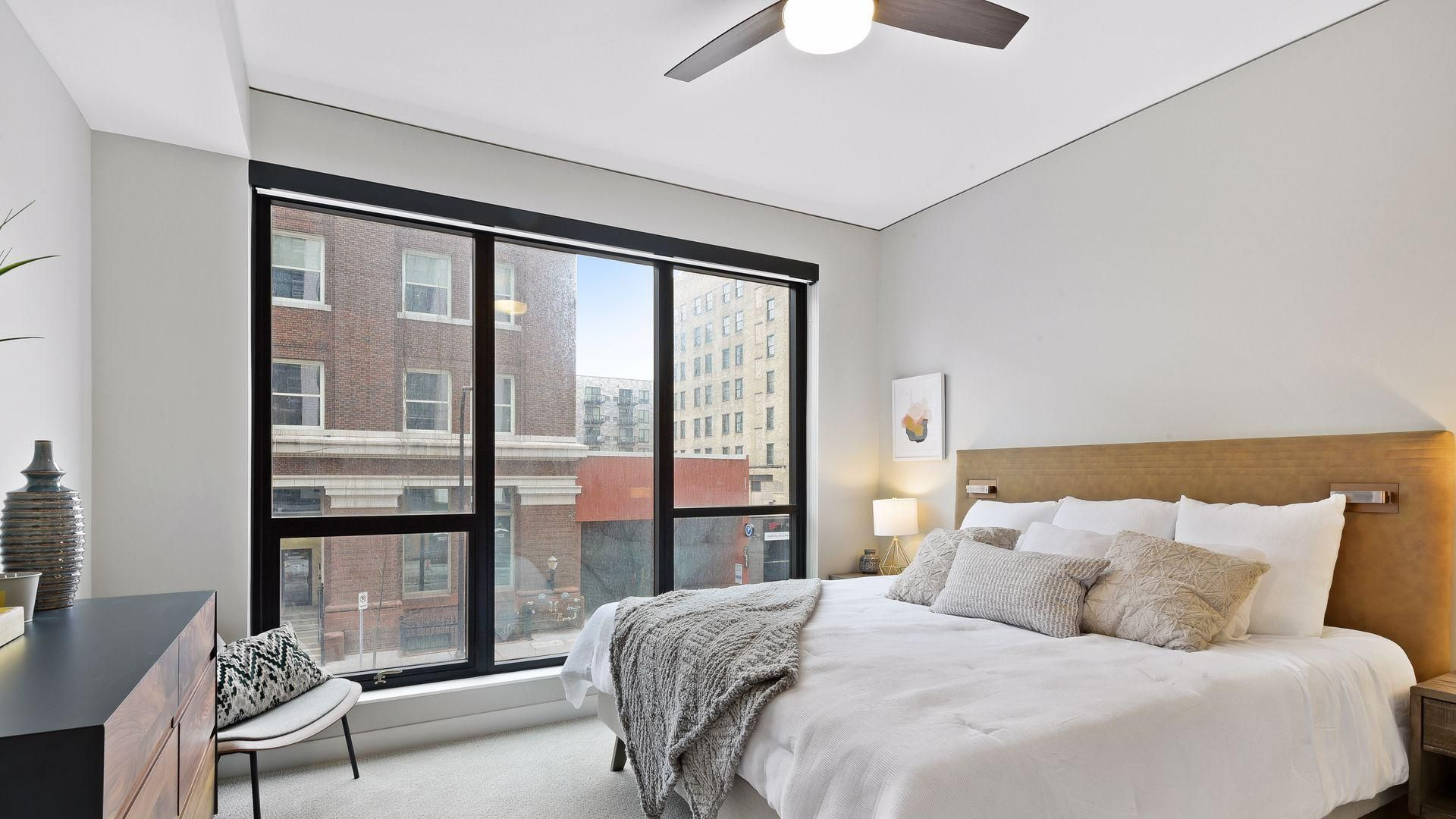 1 bedroom apartment at 240 park avenue minneapolis mn