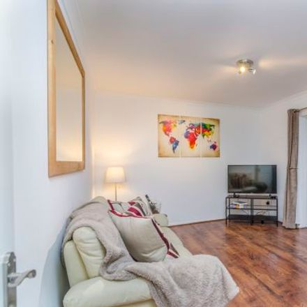 Rent this 3 bed apartment on Sidewalk in London TW14 8PF, United Kingdom