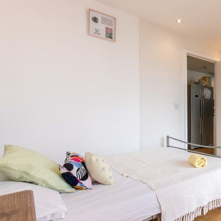Rent this 3 bed apartment on Carmine Wharf - block A in 30 Copenhagen Place, London E14 7FF