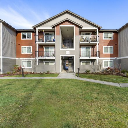 Rent this 3 bed apartment on 108th Southeast Avenue in Kent, WA 98031