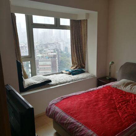 Rent this 1 bed room on Guang Fu Xi Lu in Putuo Qu, Shanghai Shi