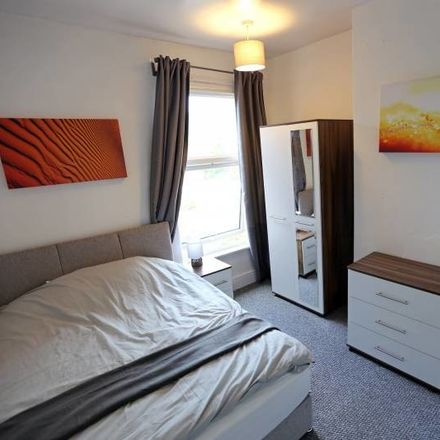 Rent this 4 bed room on 378 Main Rd in Sheffield S9 4QL, UK