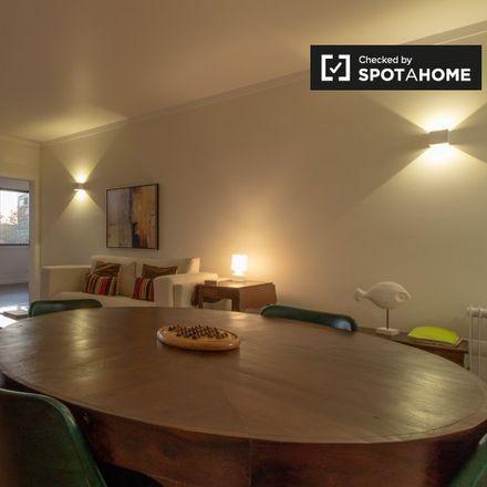 Rent this 3 bed apartment on Oftalmologista in Avenida 25 de Abril, 2750-642 Cascais e Estoril
