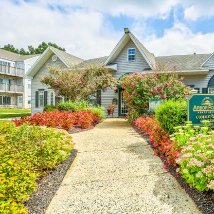 Rent this 1 bed apartment on 4100 Dawnbrook Drive in Arbor Pointe Apartments, DE 19804