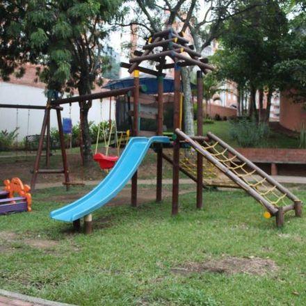 Rent this 3 bed apartment on Calle 1B Oeste in Comuna 2, 760045 Perímetro Urbano Santiago de Cali