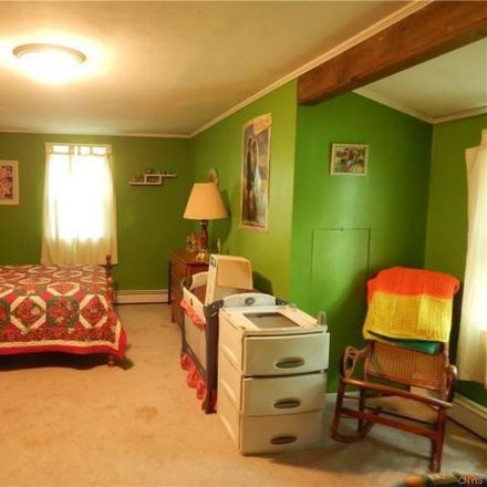 Rent this 3 bed house on 6152 Quarry Road in Canastota, NY 13032