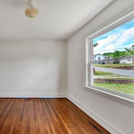 Rent this 2 bed house on 1167 Ethel Road Southeast in Roanoke, VA 24014