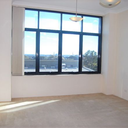 Rent this 1 bed apartment on 401/58 King St