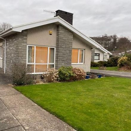 Rent this 3 bed house on Ffwrd Vale in Neath SA10 7EN, United Kingdom
