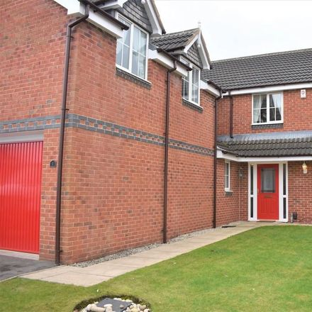 Rent this 5 bed house on Lavery Close in Gawthorpe WF5 8ES, United Kingdom
