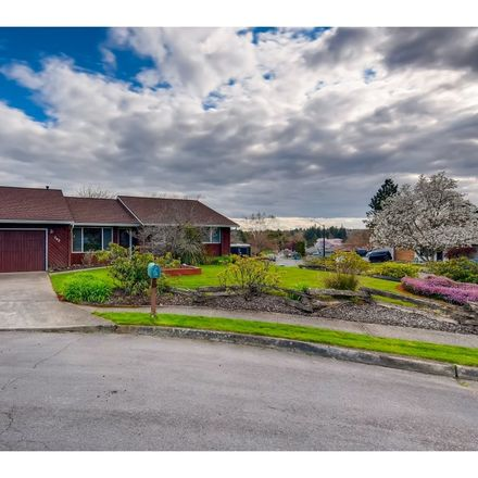 Rent this 3 bed house on 342 Southwest Riverview Avenue in Gresham, OR 97080
