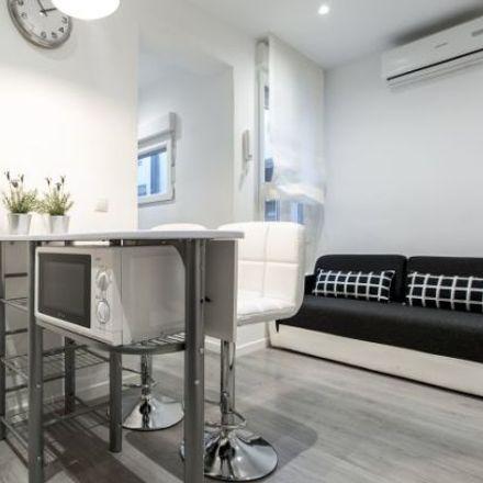 Rent this 2 bed apartment on Calle de la Ruda in 16, 28005 Madrid