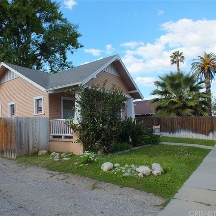 Rent this 2 bed house on 3945 Pine Street in Riverside, CA 92501