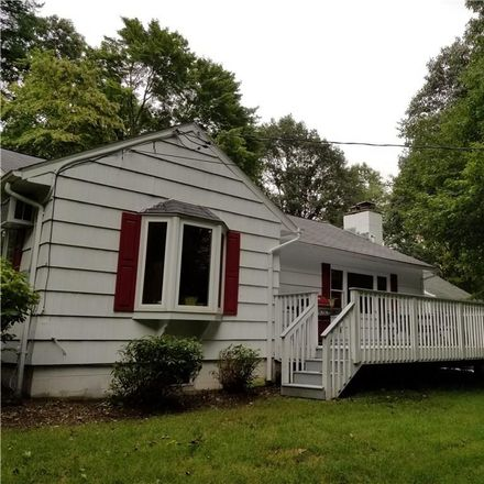 Rent this 3 bed house on 25 Fairview Lane in Wilton, CT 06897