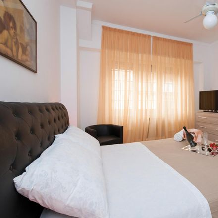 Rent this 3 bed room on Edra Oil in Via Gregorio VII, 00165 Rome RM