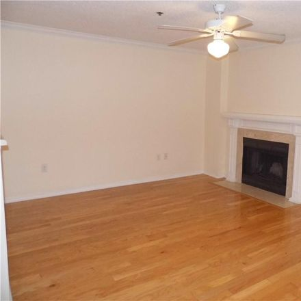 Rent this 1 bed condo on 1000 W Horatio St in Tampa, FL