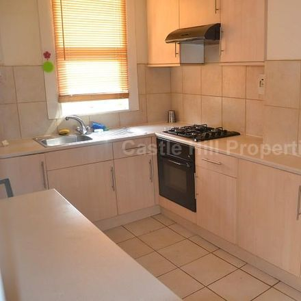 Rent this 2 bed apartment on The Avenue in London W13 8LP, United Kingdom