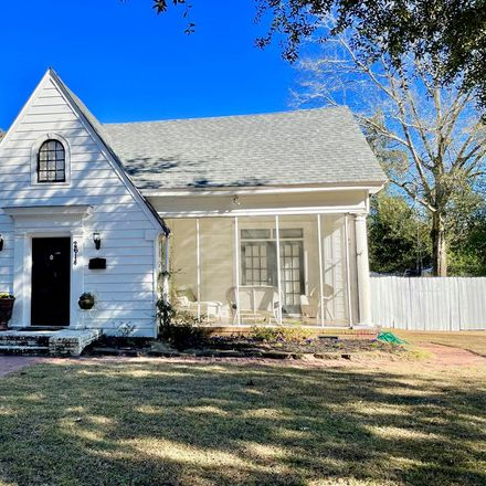 Rent this 4 bed house on 2614 18th Avenue in Columbus, GA 31901