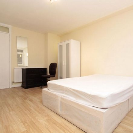Rent this 4 bed room on 534 Old Ford Road in London E3 5PT, United Kingdom