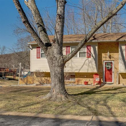 Rent this 3 bed house on Sparrow Point Ln in Fenton, MO