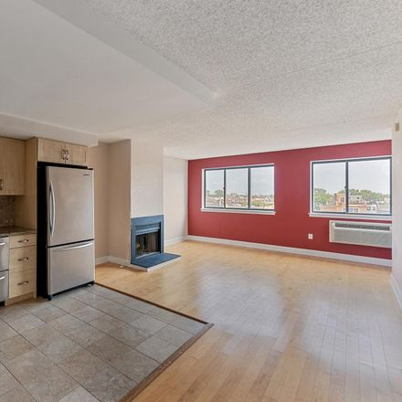 Rent this 1 bed condo on 200 Lombard Street in Philadelphia, PA 19147
