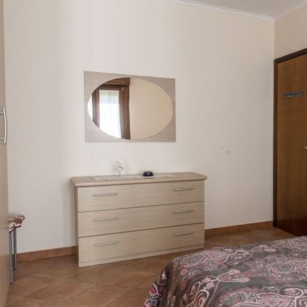 Rent this 3 bed apartment on Centro Commerciale I Granai in Via Mario Rigamonti, 100