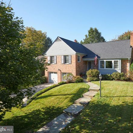 Rent this 4 bed house on 5710 Newington Road in Bethesda, MD 20816