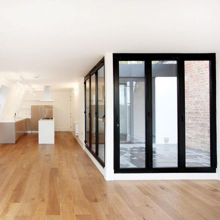 Rent this 2 bed apartment on 10 Parsons Green in London SW6 4TS, United Kingdom